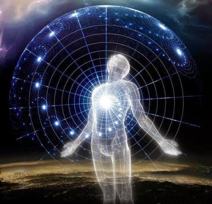 disegno di una figura umana dal cui cuore partono dei cerchi, con stelle e galassie
