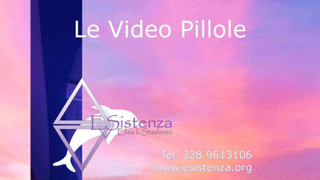 uno sfondo rosa col logo di ESistenza, video pillole per ritrovare il benessere