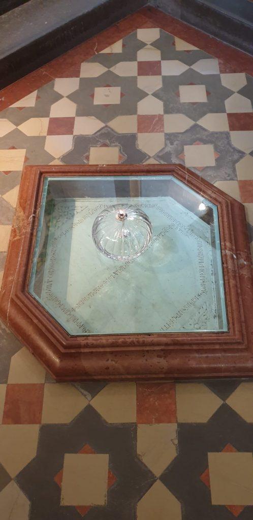 sacra roccia dove francesco d'assisi ha ricevuto le stigmate